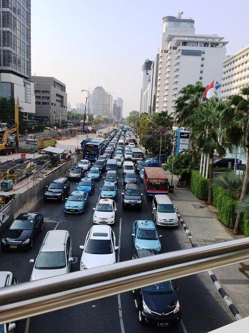 ジャカルタ渋滞中