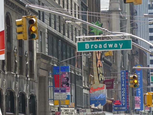 渡辺直美さんはニューヨークに留学しました