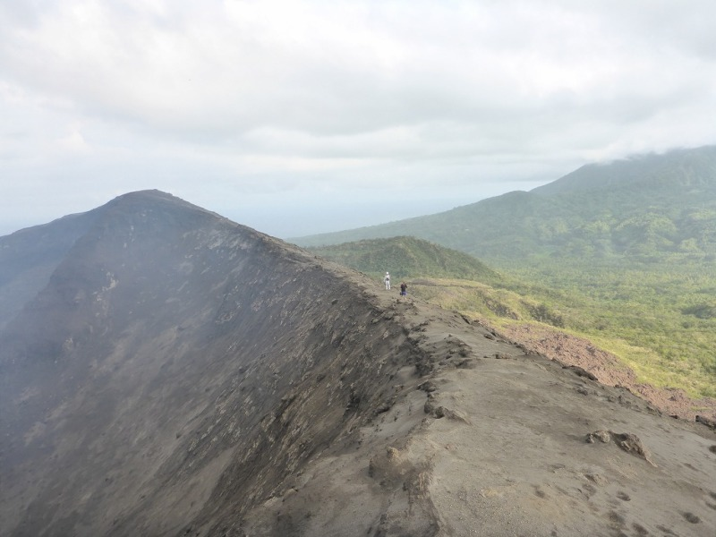 ヤスール火山
