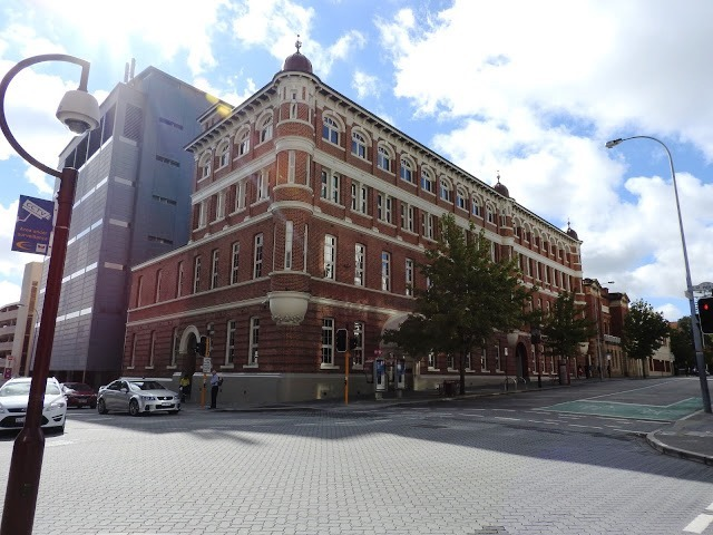 パースの建物