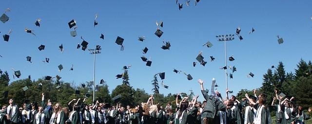 アメリカ大学卒業式