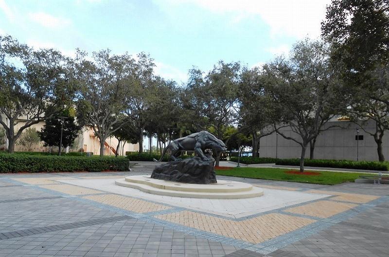 フロリダ国際大学
