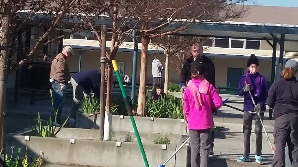 アメリカの小学校でボランティア活動